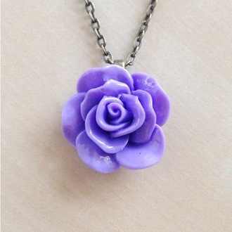 jewels pastel pastel goth necklace flowers pretty purple flower necklace