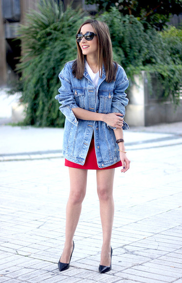 jacket denim jacket besugarandspice blogger jewels sunglasses