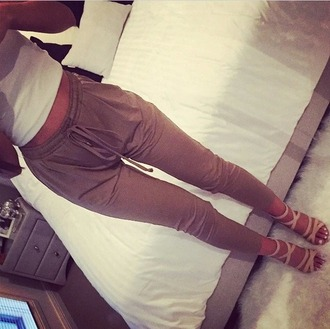 pants khaki pants white top shoes