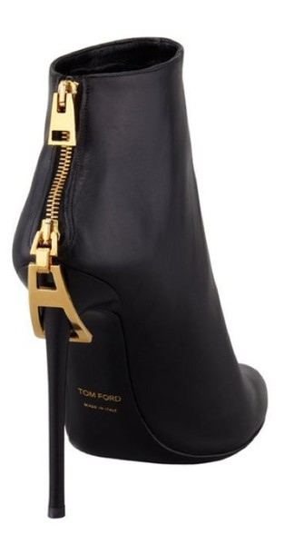original great look purchase cheap Get the shoes for $1150 at neimanmarcus.com - Wheretoget