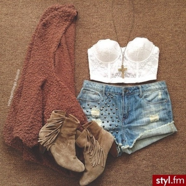 blouse shorts boots sweater