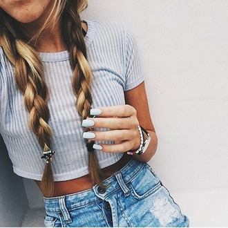 top light blue and white  stripees crop tops hair accessory cardigan jeans bag black crop top grey sweater cropped sweater grey light blue style t-shirt shirt high waisted shorts shorts matte nails