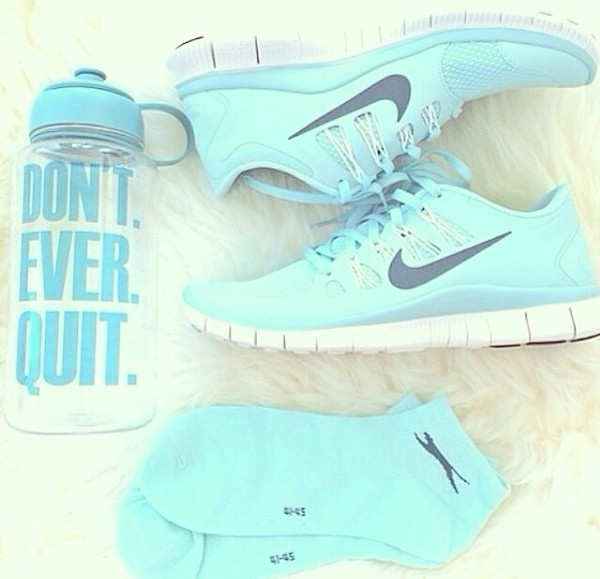 shoes sport shoes nike shoes womens roshe runs new years resolution nike shoes water bottle socks mint