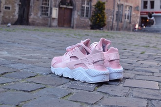 shoes nike nike shoes huarache light pink white