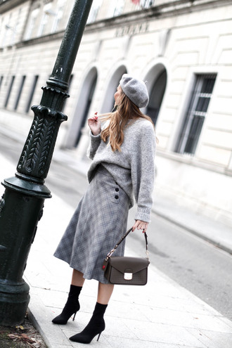 b a r t a b a c blogger sweater skirt shoes bag grey skirt beret grey sweater sock boots
