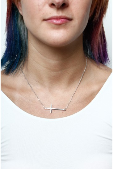 LoveMelrose.com From Harry & Molly | Cross Necklace-Silver