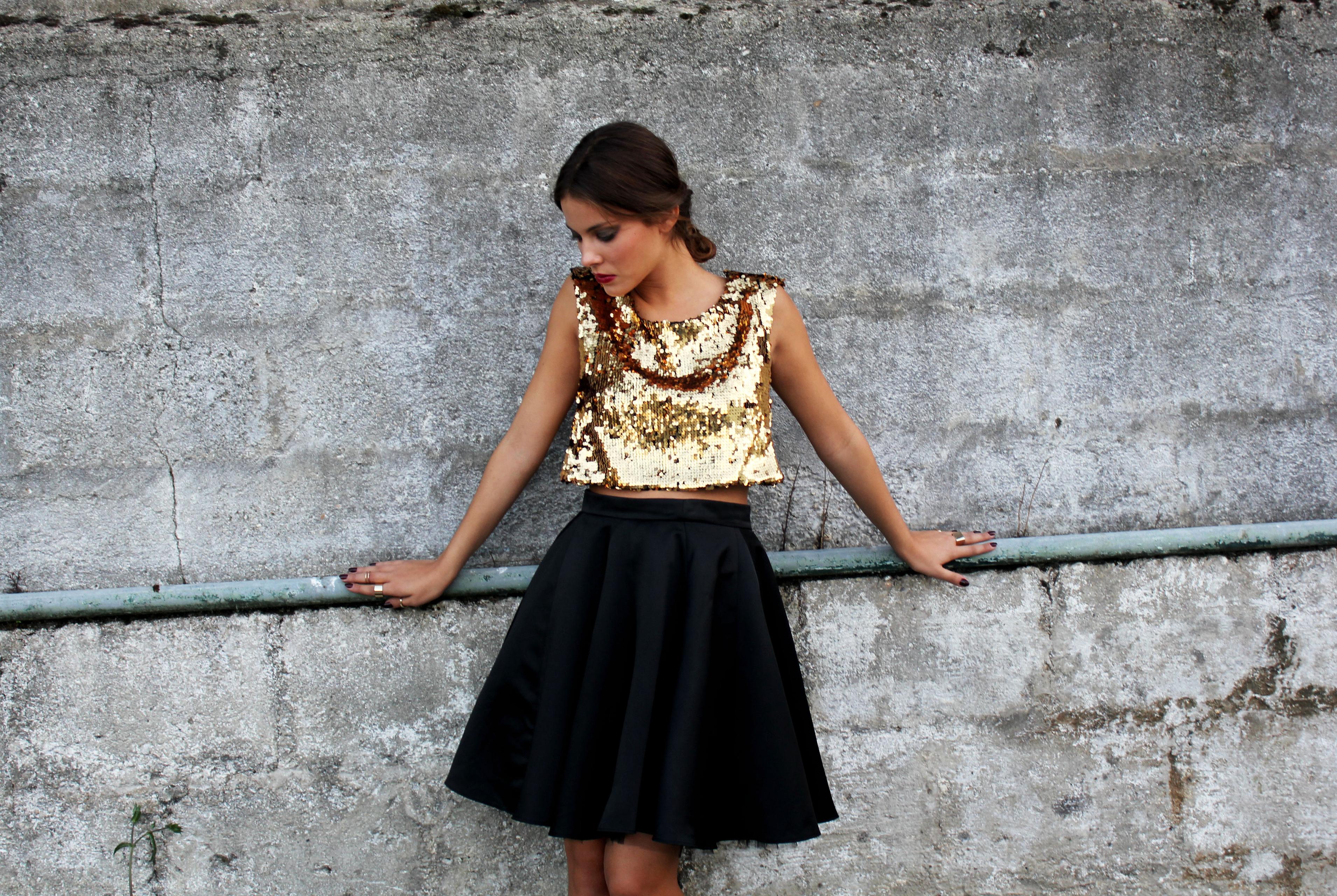 Sequins gold top