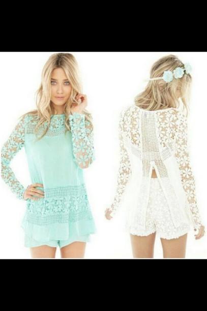 shorts mint coloured blouse