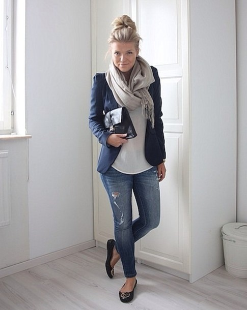 coat ballet flats scarf fall outfits jeans fall outfits flats