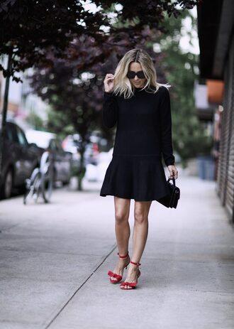 dress tumblr mini dress black dress long sleeves long sleeve dress sandals sandal heels red sandals bag black bag sunglasses