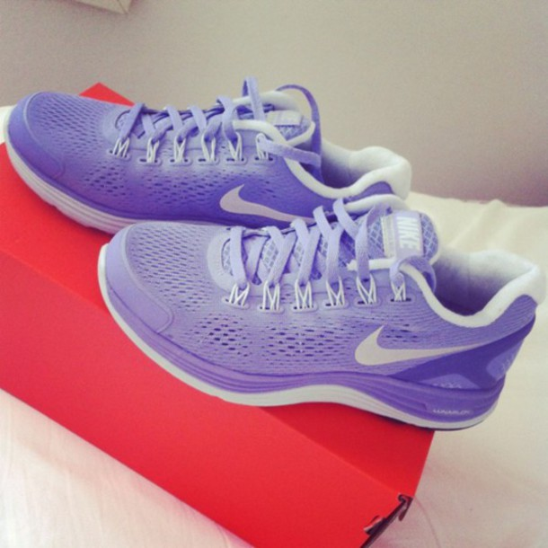 shoes purple nike running shoes