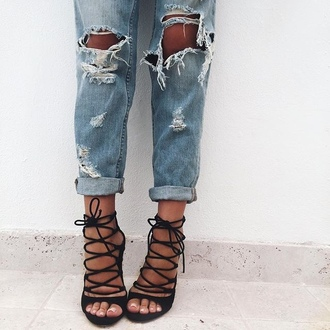 shoes black heels black shoes strappy black heels high heels tumblr high heel sandals strappy heels jeans pumps boyfriend jeans blue jeans strappy sandals