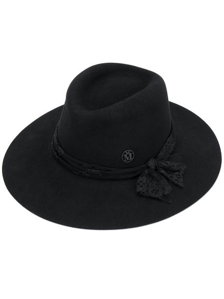 hat lace black
