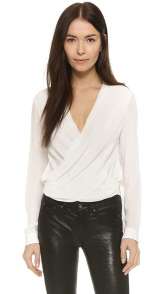 blouse back top