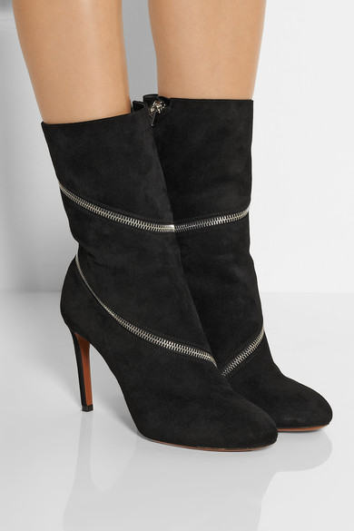 Zipped suede ankle boots