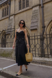 dress,black dress,midi black dress,bag,big bag,shoes,sunglasses