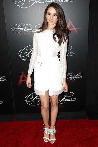 dress sandals sandal heels white white dress all white everything troian bellisario mid heel sandals
