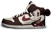 shoes,nike,vintage,mickey mouse,mouse,dunks,disney,yellow,nike sneakers,sneakers,high top sneakers,cut-out