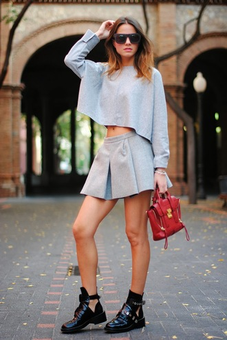 fashion vibe t-shirt shoes bag sunglasses skirt