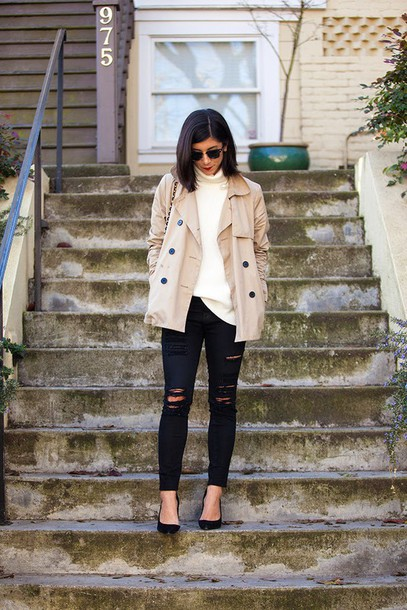 this time tomorrow blogger ripped jeans black jeans trench coat