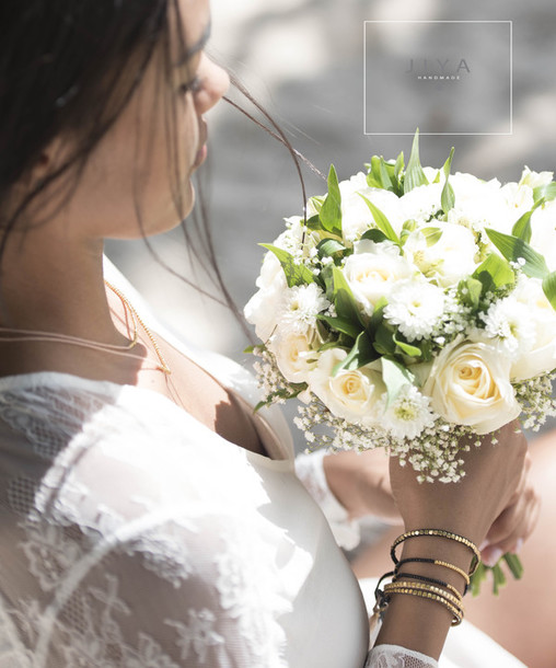 jewels bridal wedding accessories bouquet white cayman island caribbean alice and olivia white lace dress