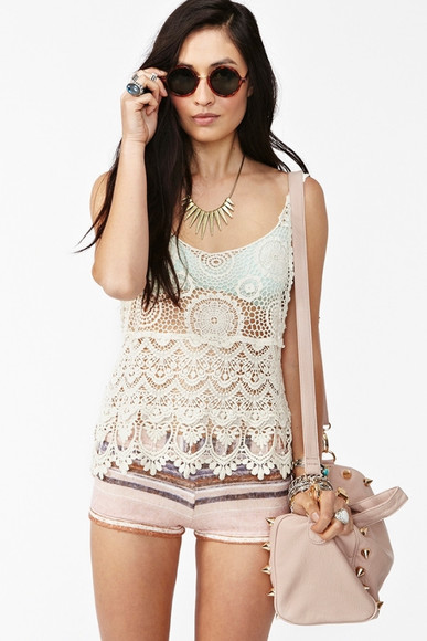 pink bag shorts tank top lace lace hem white circle sunglasses hipster white tank top