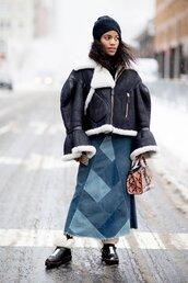 jacket,tumblr,nyfw 2017,fashion week 2017,fashion week,streetstyle,black jacket,leather jacket,black leather jacket,shearling jacket,black shearling jacket,shearling,oversized jacket,oversized,skirt,maxi skirt,blue skirt,denim skirt,boots,black boots,beanie,black beanie,winter outfits,winter look,ny fashion week 2017