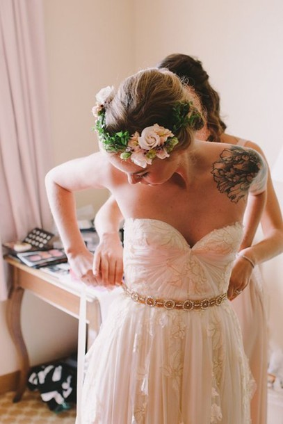 dress white dress floral flowers hipster wedding creme marriage marry beide wedding dress strapless wedding dresses belt