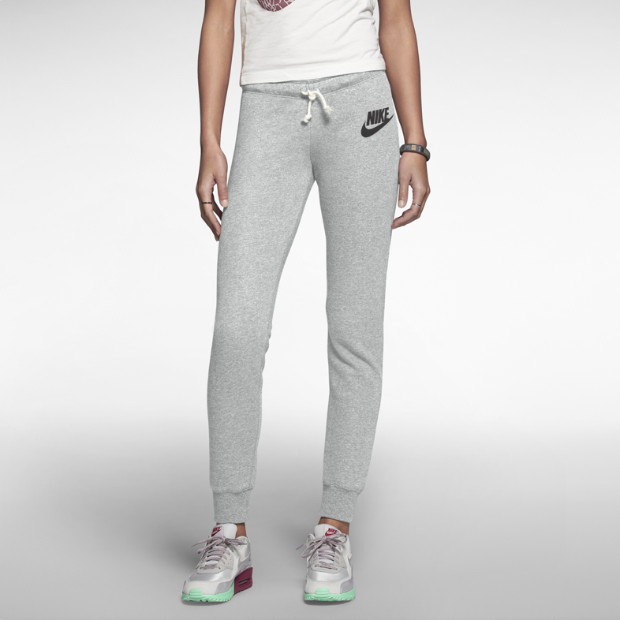 Nike Rally Tight Damenhose. Nike Store DE