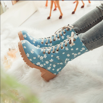 Newly european printed flower canvas lace up short boots light blue
