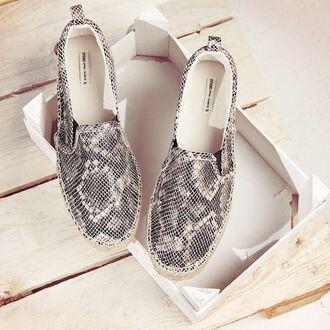 shoes glitter snake skin designer gold black style fashion flats slip on shoes snake print