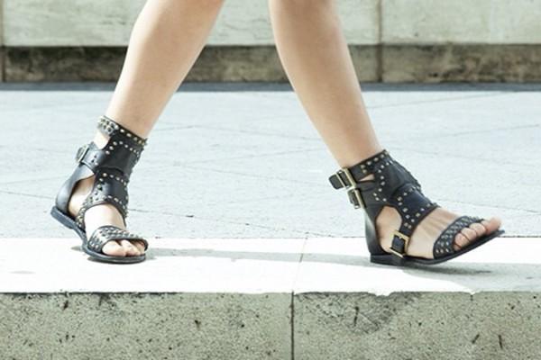 black sandals flat sandals ankle sandals leather sandals studded sandals gladiators buckle strap sandals