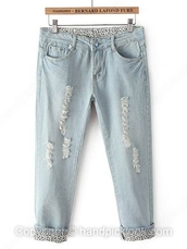 jeans,acid wash,light blue,denim,boyfriend jeans,cuffed jeans,ripped jeans,light wash jeans,light blue boyfriend jeans