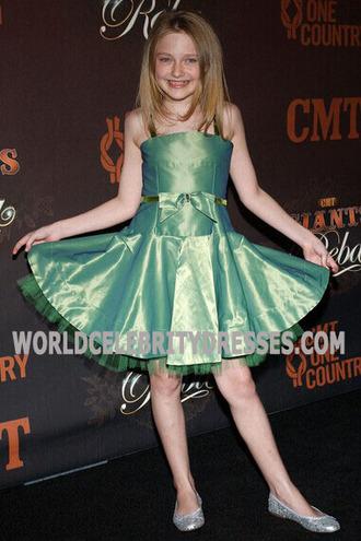 dakota fanning green flower girl dress for less cmt giants