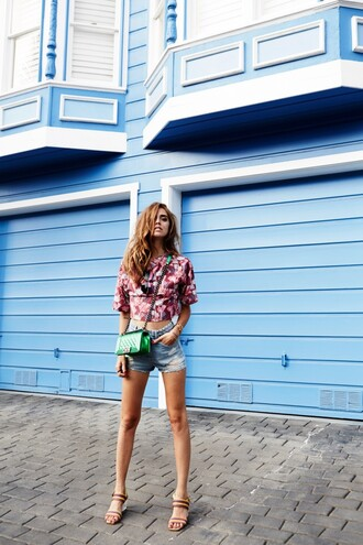 the blonde salad blogger shoes shorts t-shirt bag sunglasses