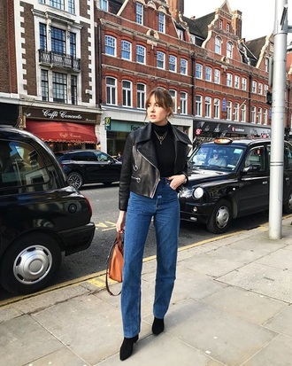 jeans top jacket denim blue jeans mom jeans black top black jacket leather jacket black leather jacket