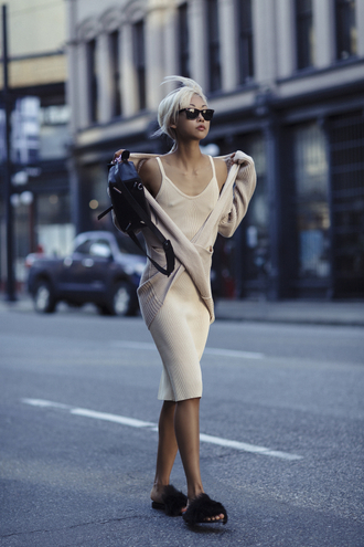 the haute pursuit blogger sweater dress cardigan bag sunglasses