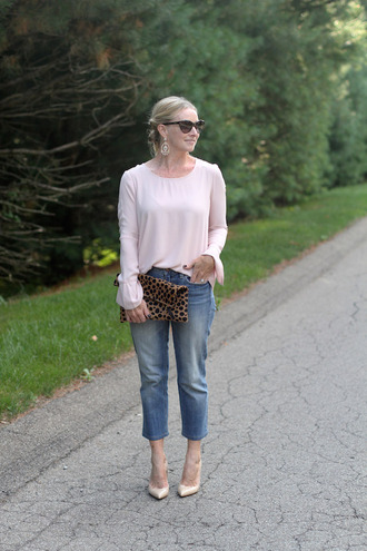 simply lulu style blogger top jeans shoes bag sunglasses jewels cropped bootcut jeans cropped bootcut blue jeans blue jeans pink top long sleeves cropped jeans animal print bag cat eye nude pumps pumps high heel pumps pointed toe pumps