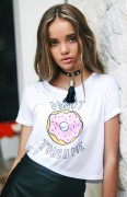 Donut touch me tee