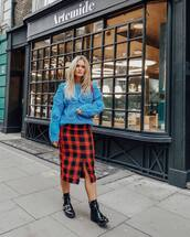 skirt,plaid skirt,blue sweater,oversized sweater,ankle boots,black boots