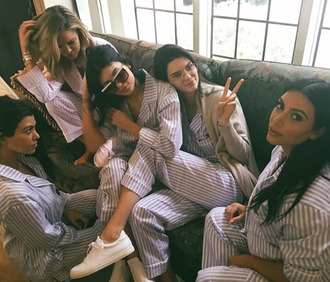 pajamas stripes kendall and kylie jenner kendall jenner kourtney kardashian kim kardashian kylie jenner khloe kardashian keeping up with the kardashians kardashians