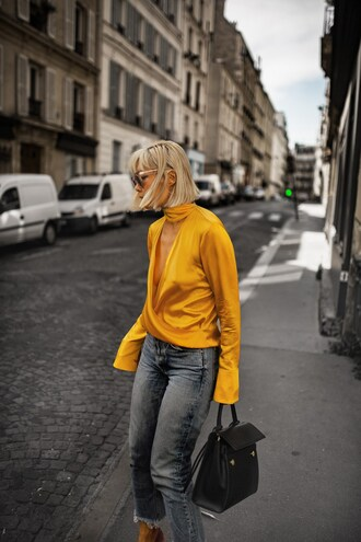 top tumblr v neck yellow yellow top denim jeans blue jeans cropped jeans bag black bag