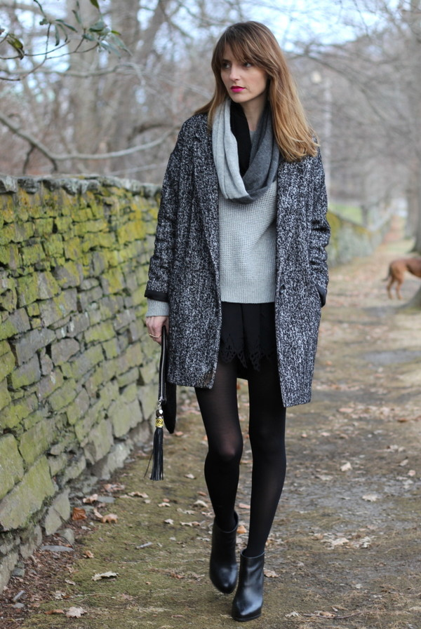 jess style rules shorts sweater shoes coat scarf bag jewels