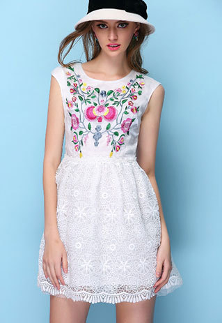 shopbazar shopping mall —  [grzxy6601644]Blooming Floral Embroidery Lace Sleeveless Crew Neck Flare Dress