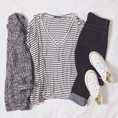 t-shirt,white t-shirt,striped shirt,casual,cardigan,shirt,striped t-shirt,shoes,converse,coat,jeans,baggy shirt,vneck top,v neck,black and white blouse,black and white stripes,sweater,hipster,summer,summer outfits