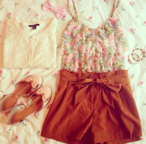 shoes shorts tank top blouse
