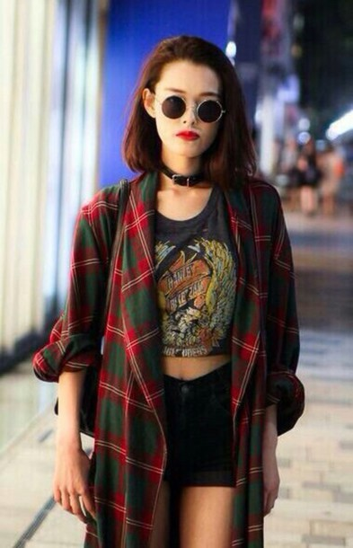 jacket round sunglasses graphic tee choker necklace black shorts blouse