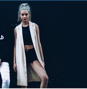 coat,blazer,amanda steele,makeupbymandy24,top,crop tops,shorts,denim shorts,black shorts,black crop top,black t-shirt,black top,t-shirt,white blazer,cardigan,white coat,white cardigan