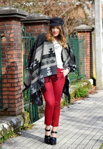 si las calles hablasen blogger native american fisherman cap poncho red pants shoes pants shirt hat jewels