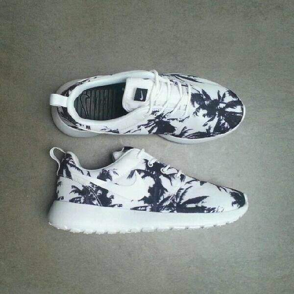 white sneakers palm tree print nike sneakers shoes nike roshe run